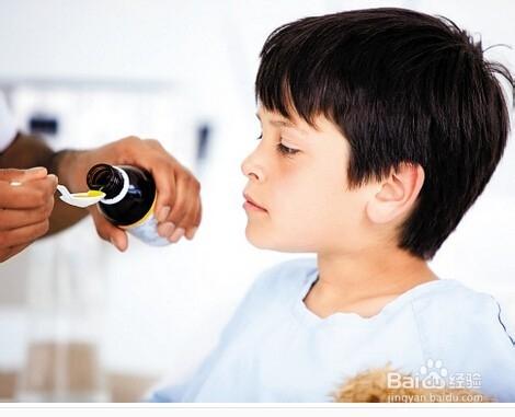 儿童退烧药图片