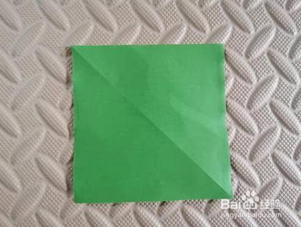 如何剪五角星用折纸一刀剪下