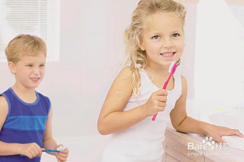幼儿牙膏推荐图片