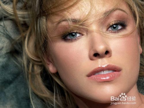 卸妆水和卸妆油的区别对皮肤伤害更大图片