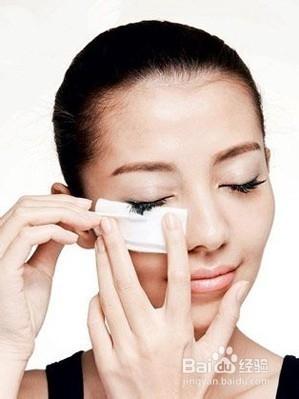 卸妆水和卸妆油的区别详解图片