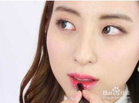 简单的化妆视频学生妆图片