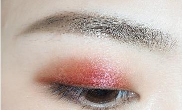 偏光酒红色眼妆的画法步骤图片图片