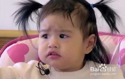 3岁女宝宝头发简单扎法图片