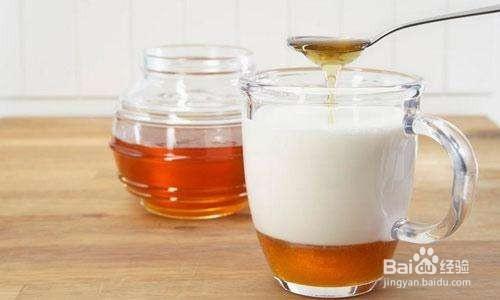 蜂蜜配什么喝排毒养颜图片