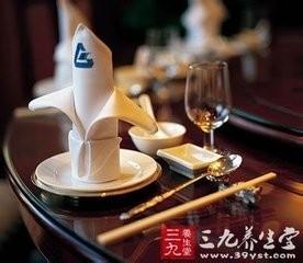 中餐餐具礼仪_餐桌上的礼仪之中餐礼仪-百度经验