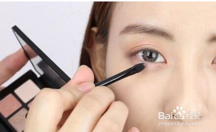 简单的韩国学生妆教程图片
