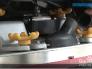 驾驶式洗地机该怎么操纵?